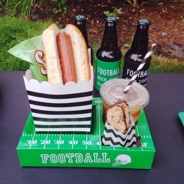 football trays