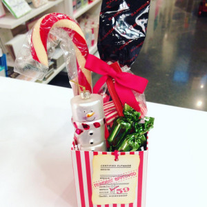 Sweet little teacher gift! Includes Hanmonds candy cane and old fashioned candy, ornament and truffles.